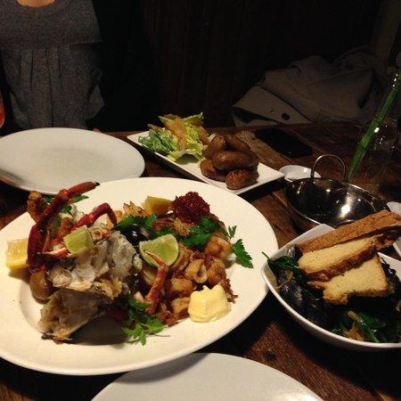 The Halsetown Inn: Good Friday fish special