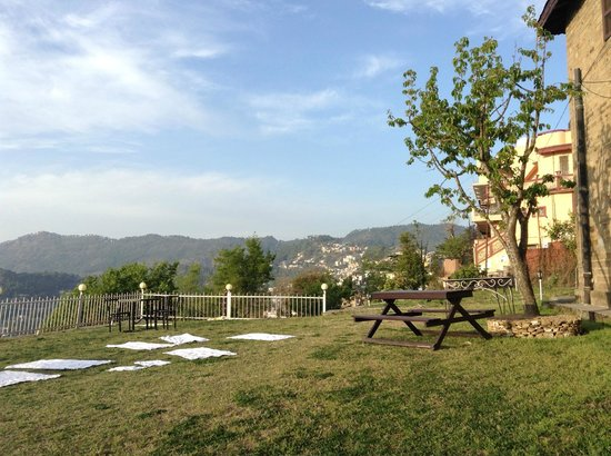 Khazanchand Mansion: View from the backyard