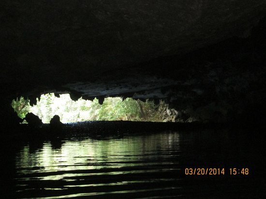 Butts Up Cave Tubing : Looking out of cave