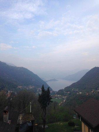 La Zoca di Strii: View over Lake Como from our room