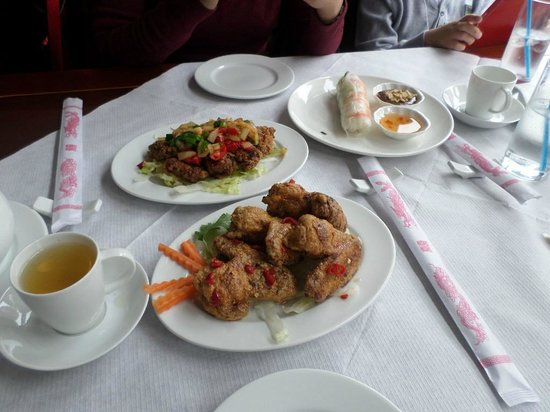 V-Namese Restaurant: Wings and chilly ribs