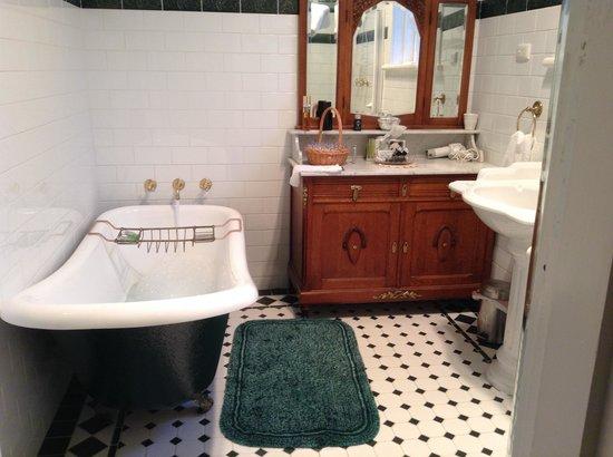 Exley House B&B : Luxury in the bathroom