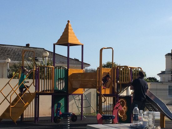 TLH Victoria Hotel: Lovely playground