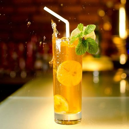 The t-Lounge on Chatham Street by Dilmah: Chilling Iced Teas