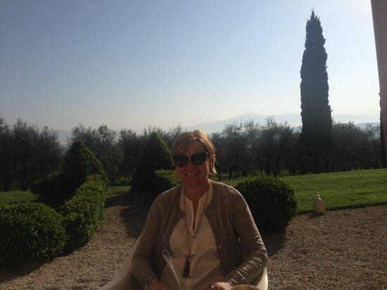 Villa Fontelunga: Having breakfast