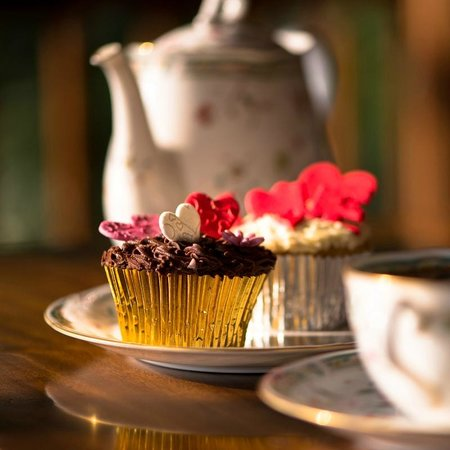 The t-Lounge on Chatham Street by Dilmah : Valentine's Day Cupcakes at The t-Lounge