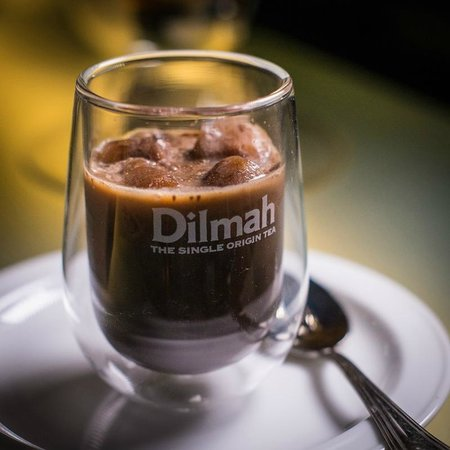 The t-Lounge on Chatham Street by Dilmah : Rose with French Vanilla Love Bite Chili Chocolate
