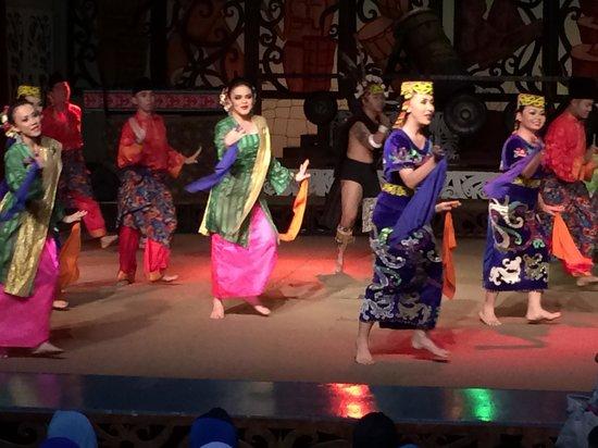 Museumsdorf Sarawak Cultural Village: Cultural Dance 1