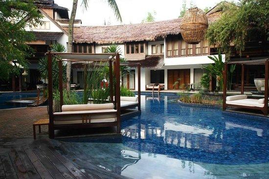 Villa Samadhi: 泳池