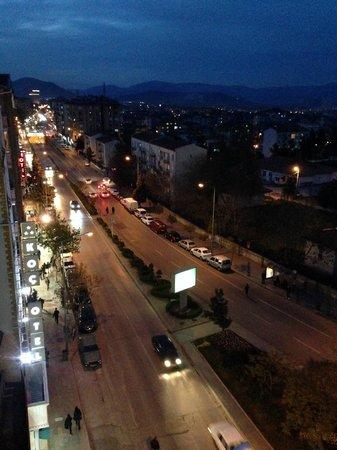 Bolat Hotel: Night view