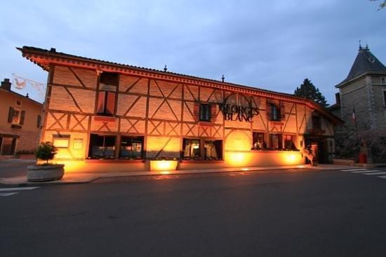 Georges Blanc Parc & Spa : L'hôtel en version soirée
