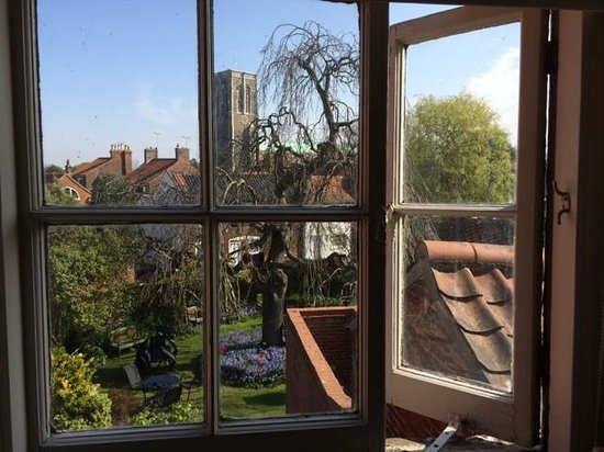 Sutherland House Hotel & Restaurant : A very English view