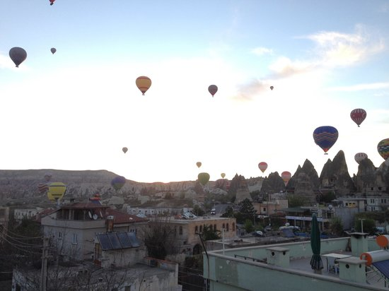 Emre's Stone House: View of Balloons from terrace