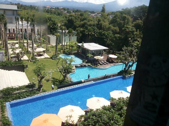 HARRIS Hotel & Conventions Malang: View dr kamar 555