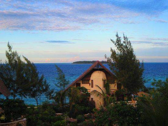 Sunshine Marine Lodge: view from the balcony