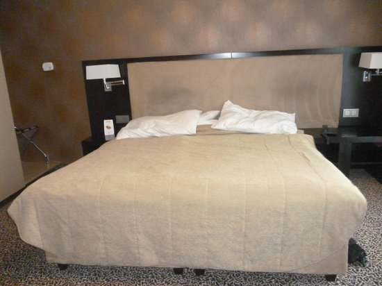 Hotel Avance : letto