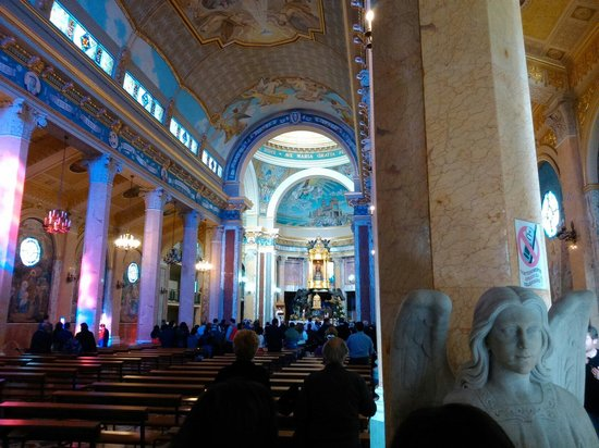 Sanctuary of the Madonna di Tindari : Riflessi di luce sulle colonne