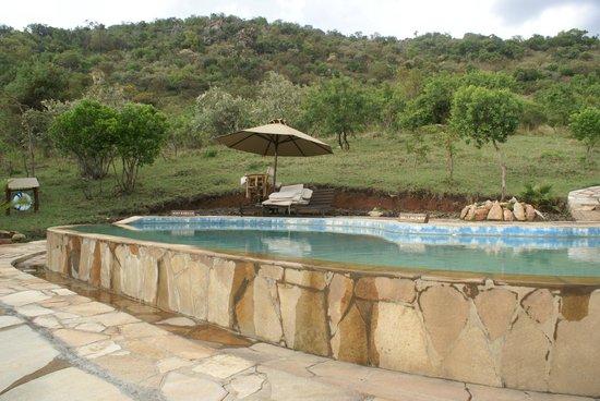 Entumoto Safari Camp : Pool area (never went in though)