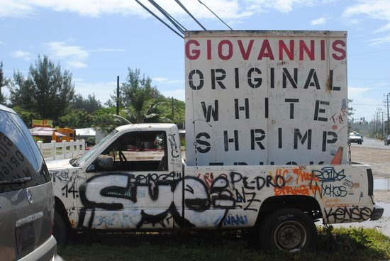 Giovanni's Shrimp Truck : Look out for the sign