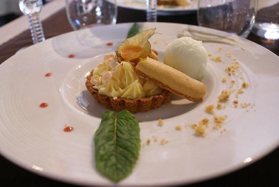 Côté St Pierre: tartellette citron.. humm !!!