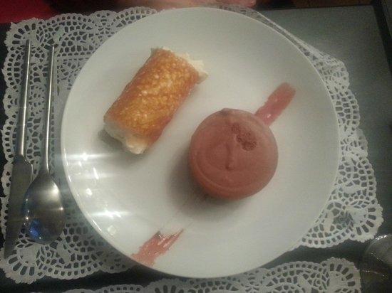 Bon thé Bonheur : Mousse chocolatée, menthe et croquant chantilly