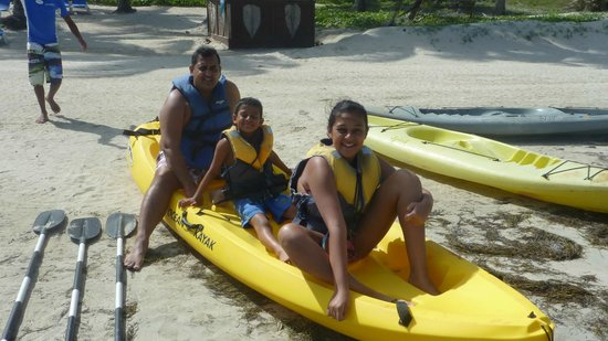 Coconut Bay Beach Resort & Spa : morning Out Kayaking