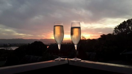 Abalone Lodges: Sundowners from our Balcony
