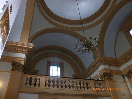Ermita De San Antonio De La Florida : Balcón.