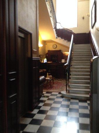 Hotel Ayvazovsky: Lobby
