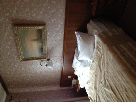 Hotel Ayvazovsky: Room