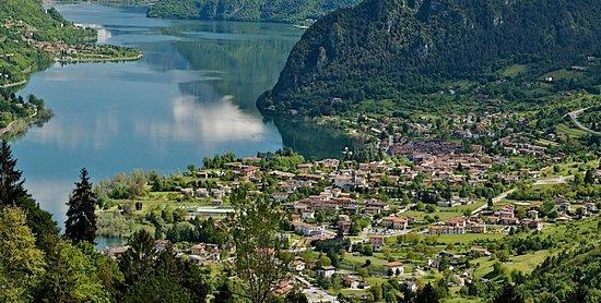 Treviso Bresciano, Ý: lago d'Idro