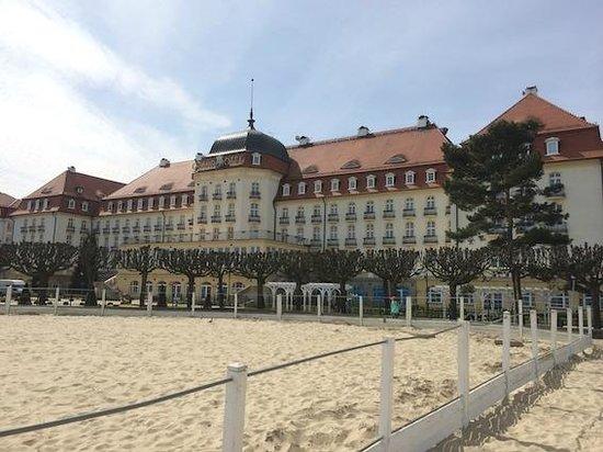 Sofitel Grand Sopot: Położenie hotelu na plaży