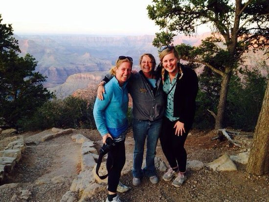 Grand Canyon Jeep Tours & Safaris: Colleen - our amazing, friendly guide. Thank you for a great experience :-)
