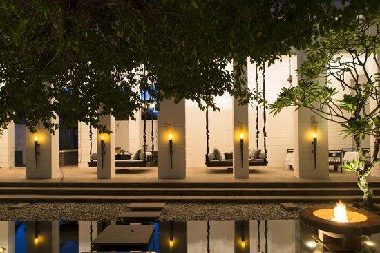 Park Hyatt Siem Reap: Outdoor courtyard