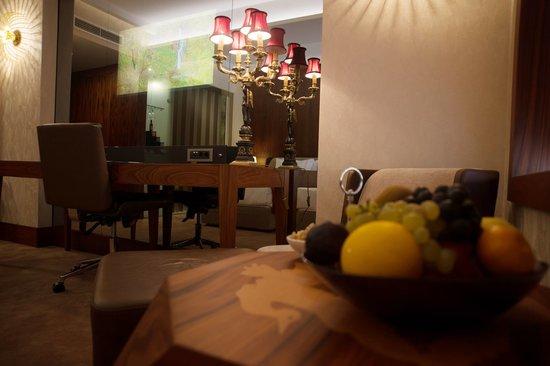 Hagia Sophia Hotel Istanbul Old City: Corner Room
