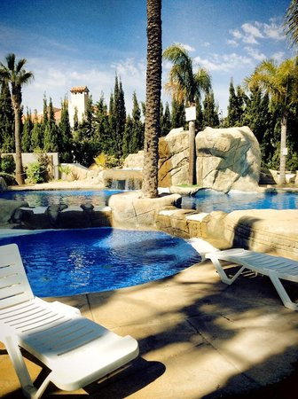 Hotel Rober Palas: The beautiful pool