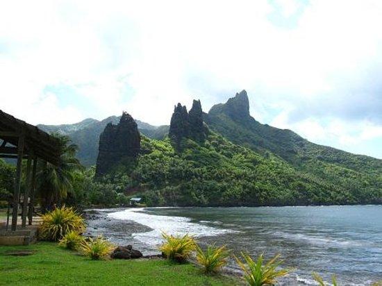 Nuku Hiva, Fransk Polynesien: ハチヘウ:Hatiheuからアナホ*Anahoへ