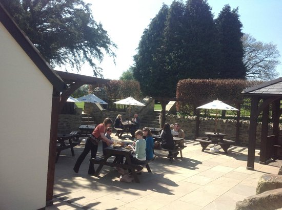 The Baker's Arms: Our beer-garden (2)