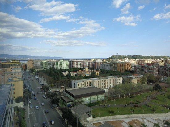 T Hotel: Se puede apreciar desde la habitacion todo el golfo que rodea a Cagliari
