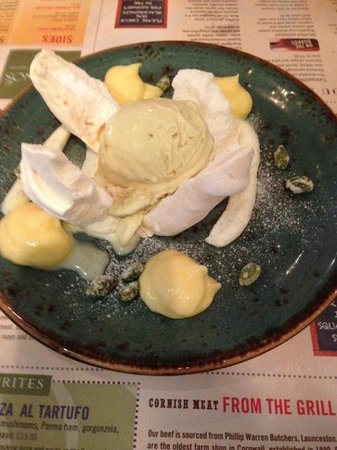 Rojano's In The Square: lemon curd & pistachio dessert