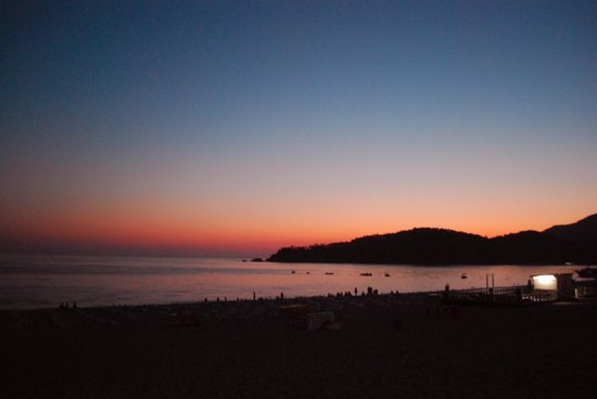 Blue Lagoon: Olu Deniz beach at sunset - 15 minute walk from hotel