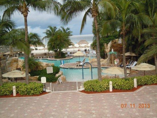 JW Marriott Marco Island: pool with water slide