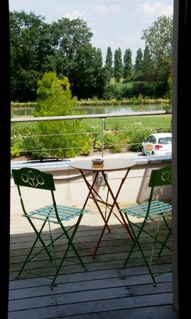 Terre De Loire : Vue d'un balcon