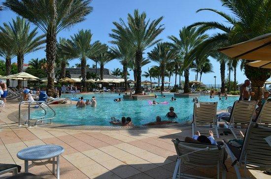 Marco Island Marriott Resort, Golf Club & Spa : nice pools!