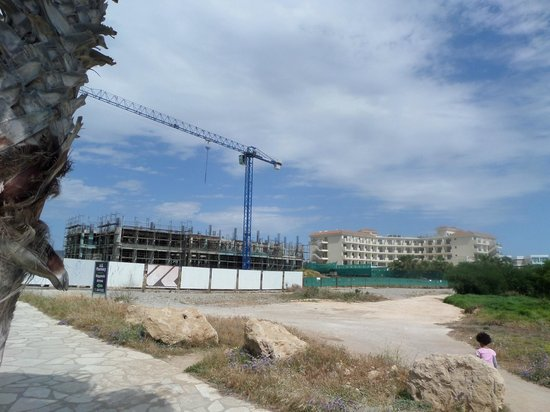Aquamare Beach Hotel & Spa : View to the hotel and the next door abandoned building site