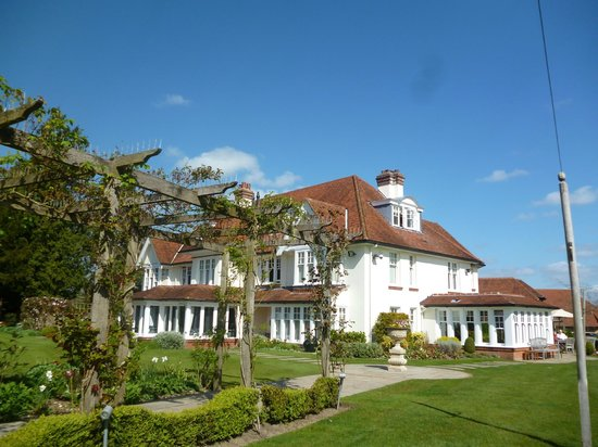 Park House Hotel & Spa: Exterior showing bar and dining room extensions on the ground floor