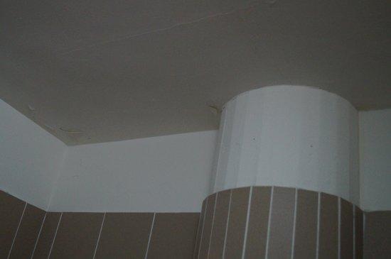 Palazzo Ricasoli Residence: ancora problema di umidità della doccia