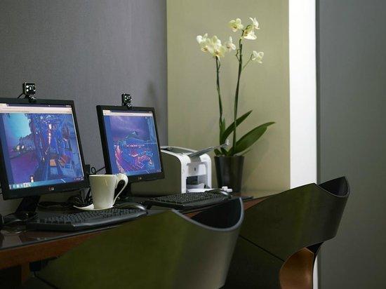 BEST WESTERN Amazon Hotel: Internet corner