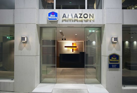 Best Western Amazon Hotel: Main Entrance
