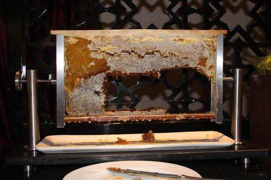 Neorion Hotel: Honeycomb - part of great breakfast
